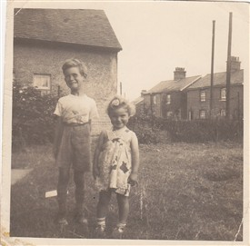 Photo:Len Bickford and sister at Weir Pond Rd