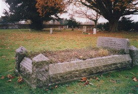 Photo:Grave of James Banyard